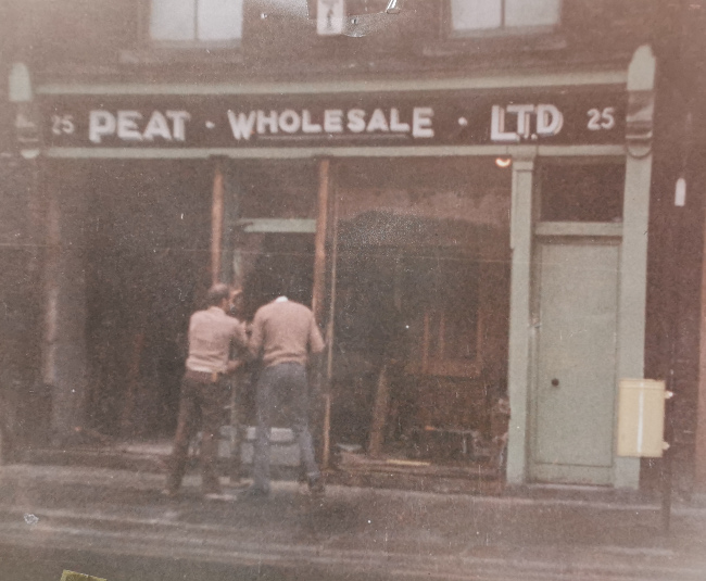Picture of a shop in Dublin in 1969.