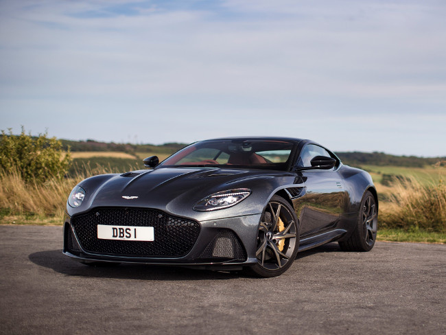 Front view of the Aston Martin DBS.